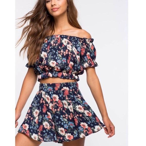 a'gaci Dresses & Skirts - HP | a'gaci floral two piece short set |